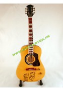 GUITARE MINIATURE SECHE JOHN LENNON THE BEATLES